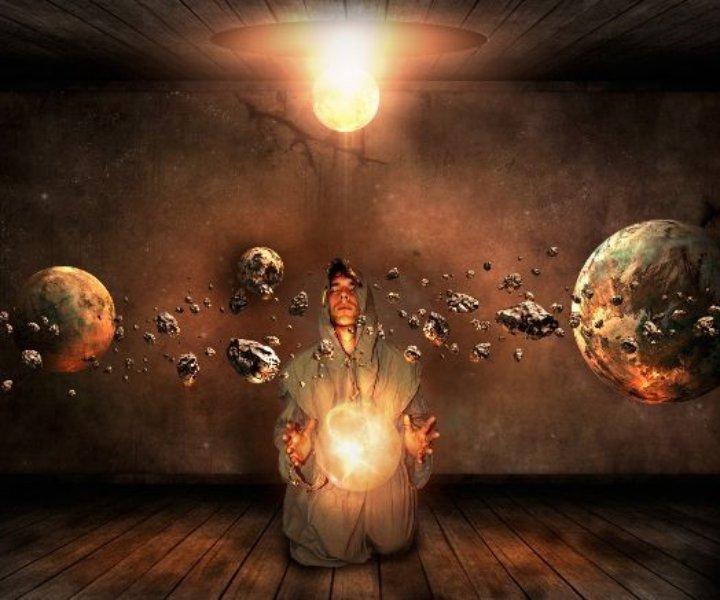 Сомнения влекут за собой потерю веры в собственные силы. Начинает казаться, что достичь желаемого в этой жизни невозможно.  Спрятавшись за бездействием, продолжая слушать болтовню «чудовища», сидящего внутри и твердящего «ты не чего не добьёшься, довольствуйся тем что имеешь», мы кормим его своей нерешительностью. А он как любое существо, которое кормят, растет и крепнет.