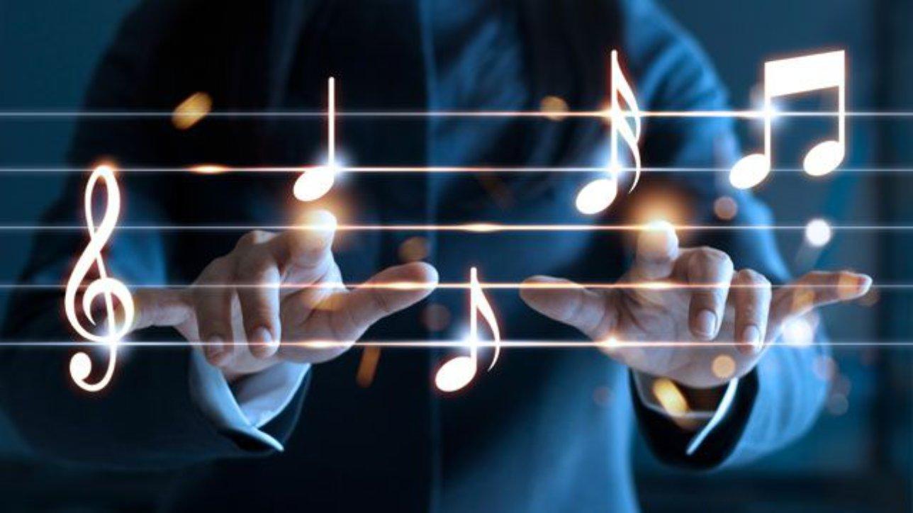 Продолжение рубрики  - Прокачай уши. Упражнения на развитие музыкального слуха, слуховой анализ песни для новичков. Интонирование мелодии из популярных и любимых песен. Развитие чувства ритма.