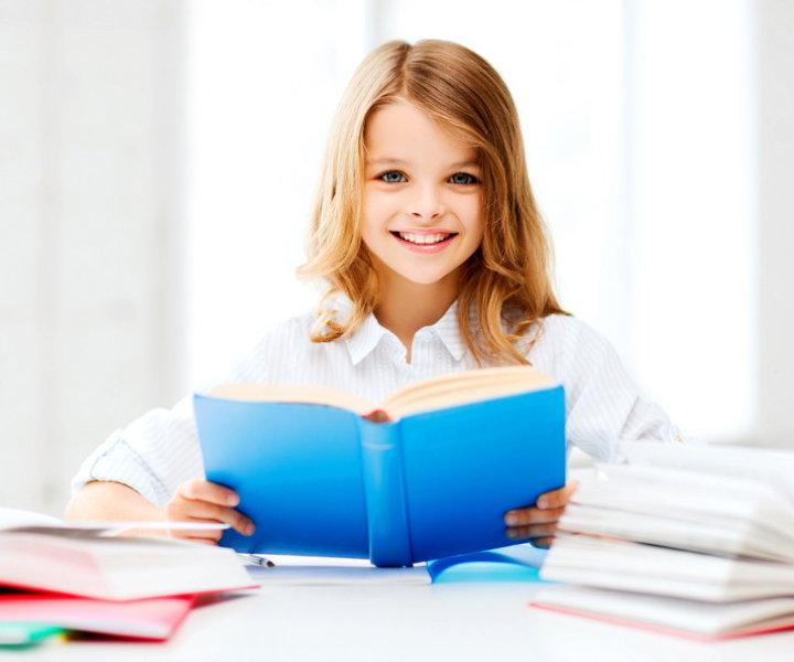 Песни про школу на английском языке. Пополни свой репертуар новыми песнями. Учи новые выражения и слова на английском про школу и школьные годы.